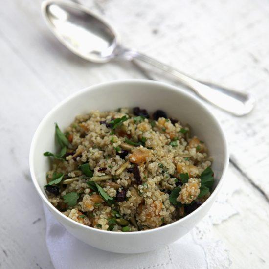 ensalada-de-quinoa-con-ayote-mantequilla-y-pepitoria