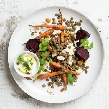 ensalada-de-zanahorias-rostizadas-con-lentejas