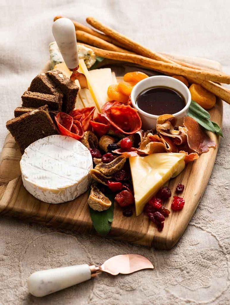 tabla-de-quesos-y-jamones-2-small