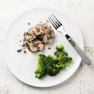 filetes-de-cerdo-con-cebolla-y-vino-blanco